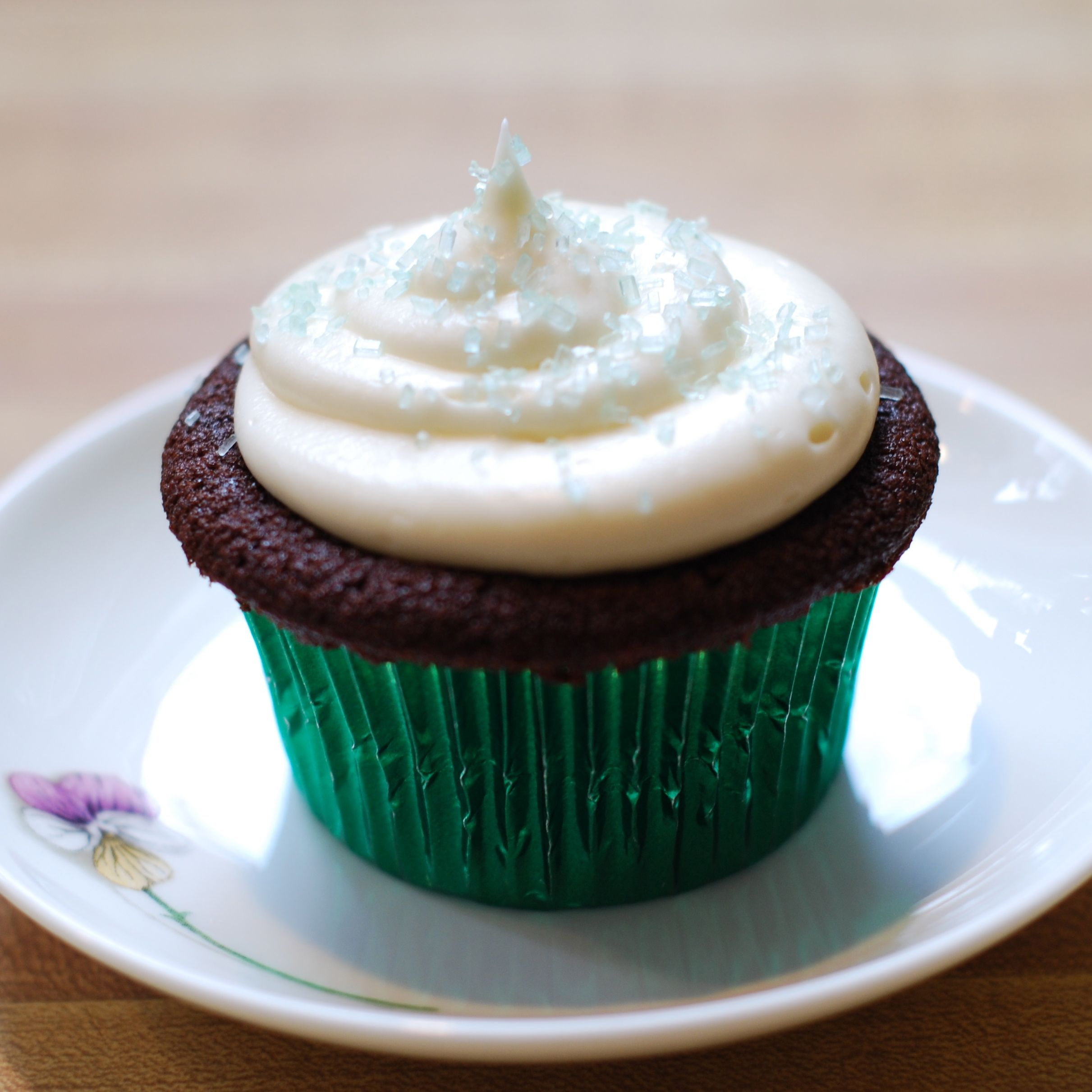 Chocolate Stout Cupcakes with Baileys Cream Cheese Frosting | Hestina ...